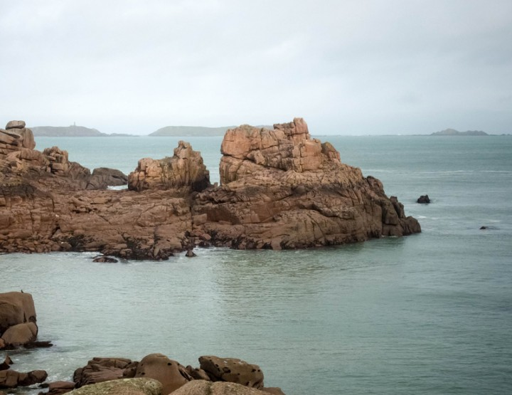 La côte de granit rose sous la grisaille, le temps d'un week-end à Perros-Guirec