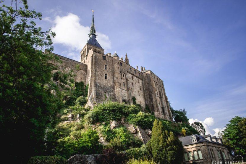 Traversée moderne d'un vieux pays, le Voyage à Nantes nous invite à sillonner la Bretagne jusqu'au Mont-Saint-Michel