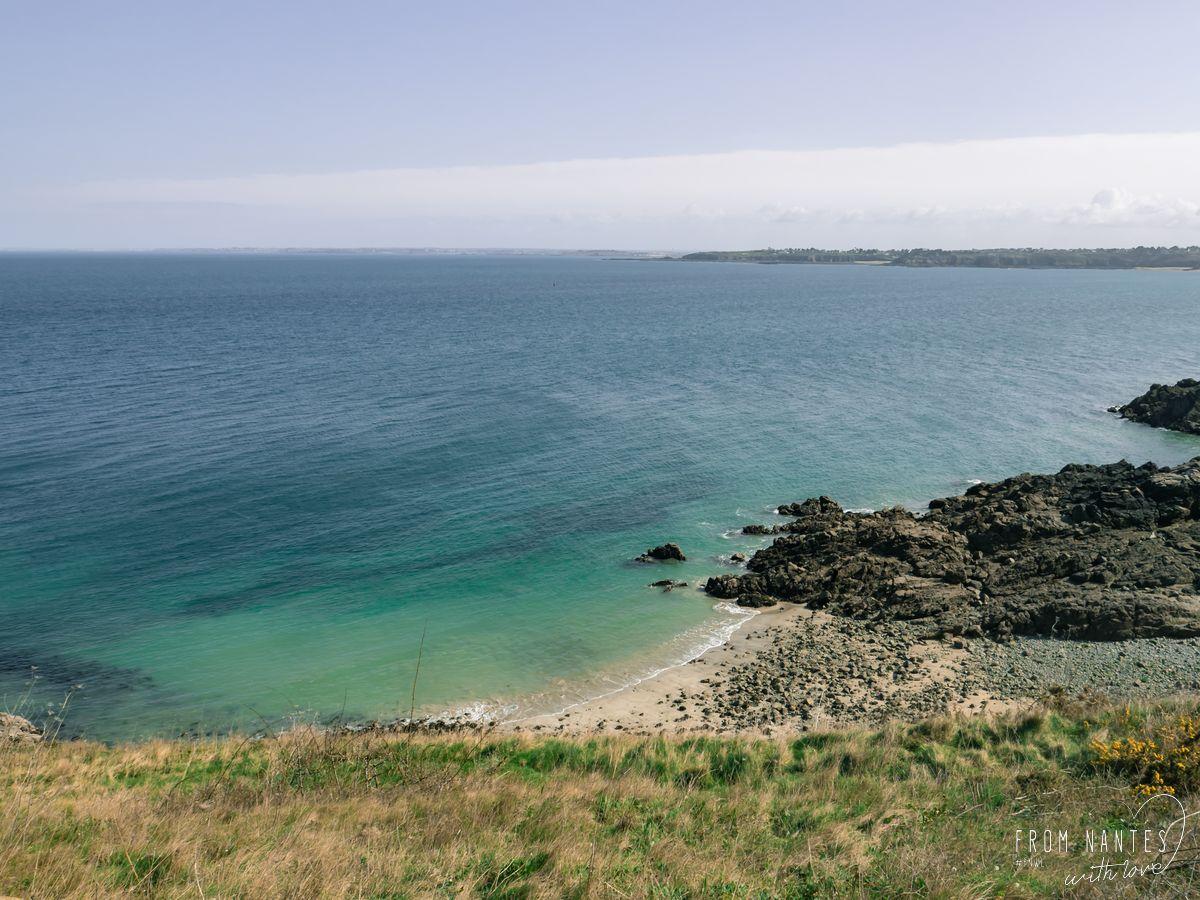 Vue sur la côte depuis Fort La Latte